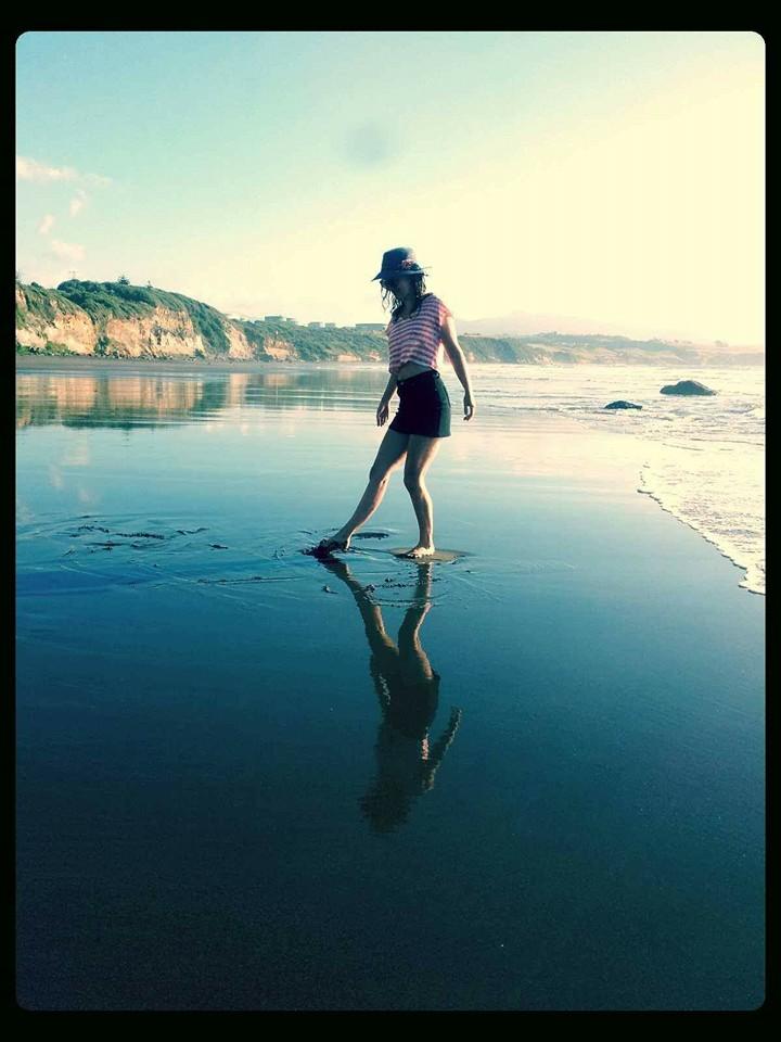 beach dancin
